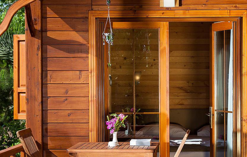 gartenhaus aus terrassendielen my blog. Black Bedroom Furniture Sets. Home Design Ideas